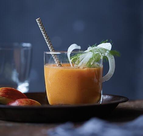 Omena-, porkkana-, inkivääri-, fenkolimehu