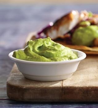 Avocado-yoghurtsås